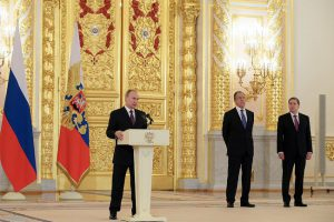 Poutine-portes-Kremlin-MPI