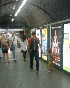 hole-metro-MPI
