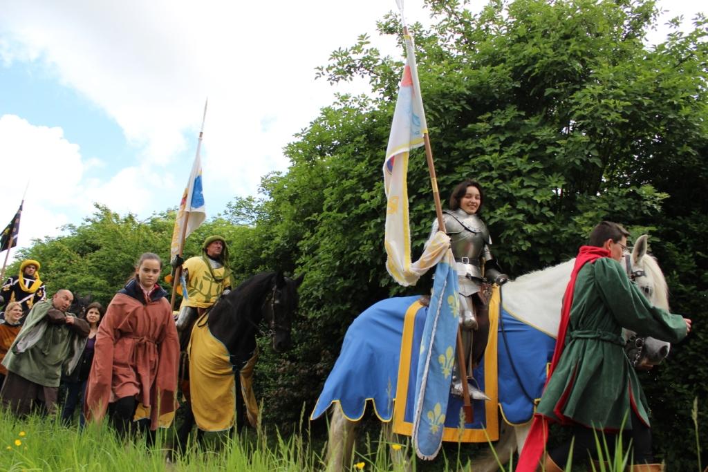 Départ de Jehanne et de ses chevaliers