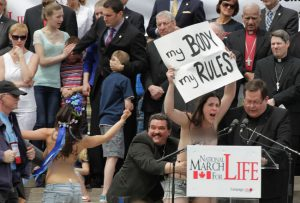 march-for-life-pttawa-femen-2-mpi