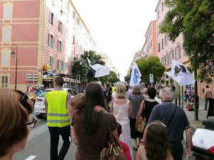 ajaccio_procession_vs_piss_christ_3