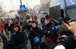En Italie, la police rejoint les manifestants anti-taxes !