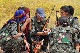 combattantes-kurdes-2