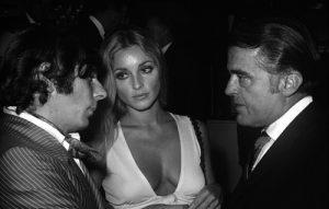 Roman Polanski a toujours eu besoin d'exhiber ses épouses successives. Ici Sharon Tate qui finira assassinée par une secte sataniste...
