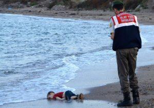 enfant mort plage