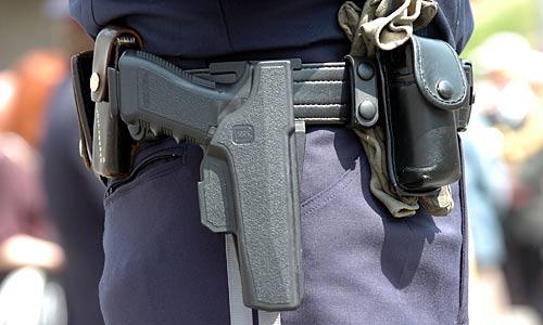 pistolet police