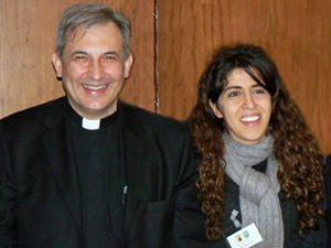 Monseigneur Ángel Lucio Vallejo Balda et son amante  Francesca Immacolata Chaouqui, tous deux nommés l'organisation des structures économiques et administratives du Saint-Siège (COSEA) par le pape François