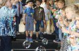"""Endoctrinement LGBT : une école organise un """"mariage"""" homosexuel entre enfants"""