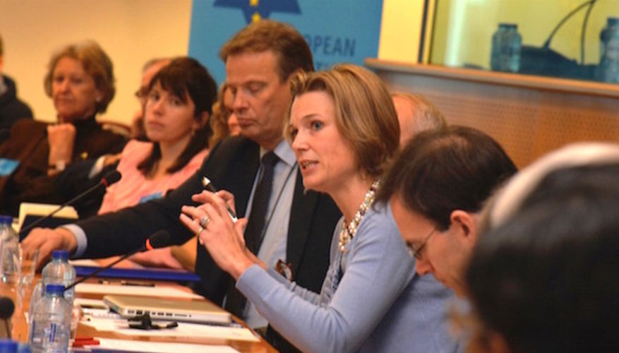Katharina von Schnurbein à une réunion de l'European Coalition for Israël