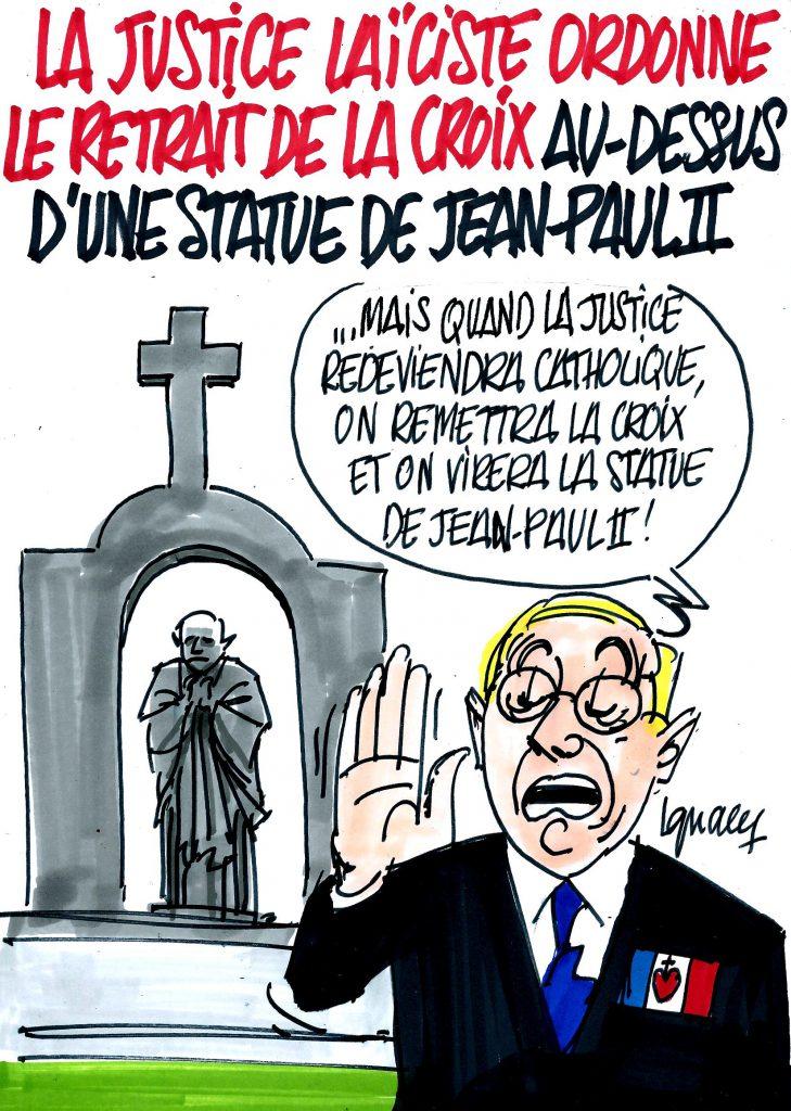 Ignace - La justice fait retirer la croix au-dessus d'une statue de Jean-Paul II