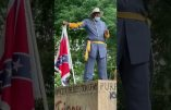 Un descendant des soldats Noirs de l'armée confédérée proteste contre le déboulonnage de la statue du Général Lee