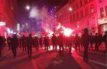 Les Danois manifestent contre la dictature sanitaire