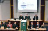 Les évêques de France contre la messe en latin